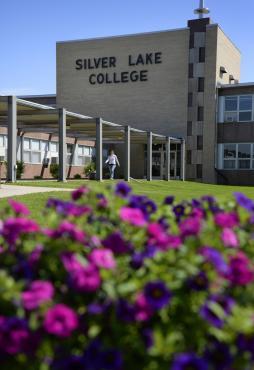Silver Lake College
